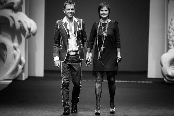 Yassen Samouilov Livia Stoianova presenting on aura tout vu collection in Singapore fashion week 2012