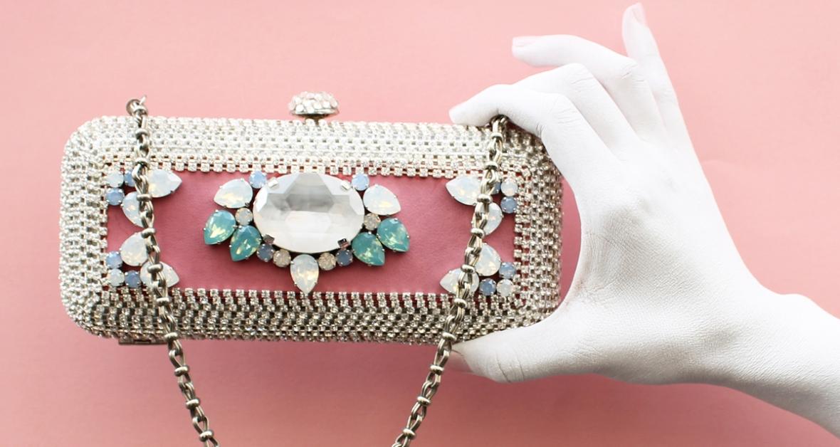 minaudière crystal cuir rose et cristal opal on aura tout vu ete 2015