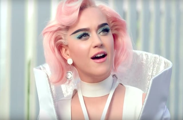 katy_perry_-wearing_on_aura_tout_vu_in_her_chained-to-the-rhythm_music_video