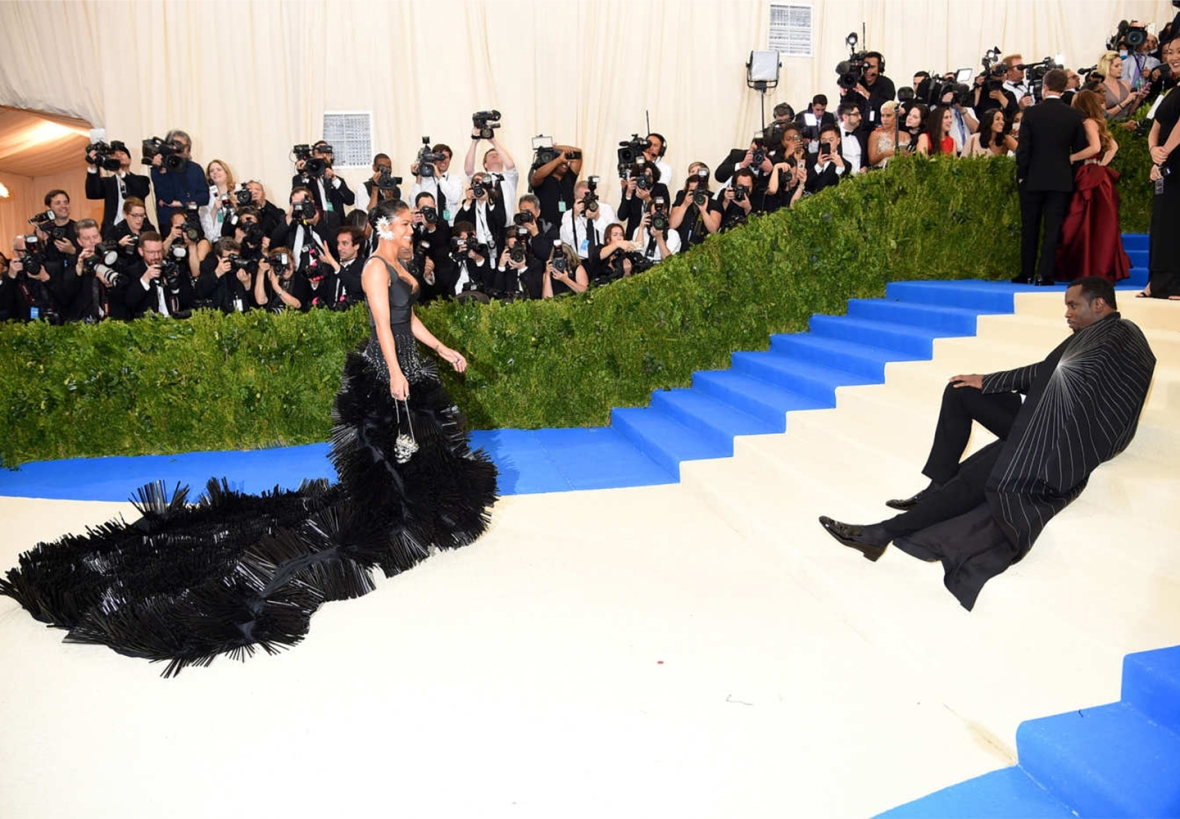 Cassie-wearing-on-aura-tout-vu-met-ball-Diddy