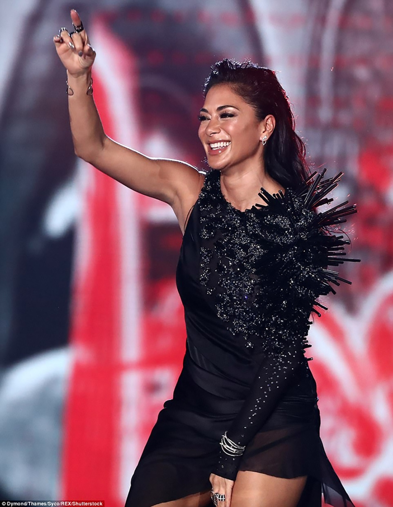Nicole Scherzinger Pussycat Doll wearing on aura tout vu